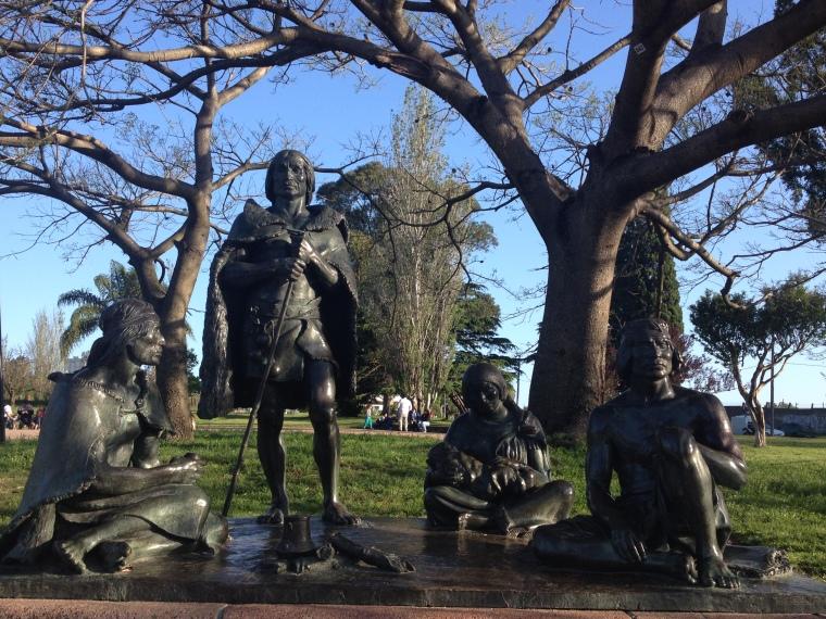 Monumento a los Charruas
