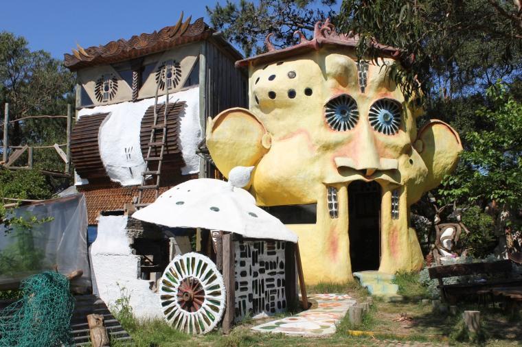 Casa de un escultor en Punta del Diablo