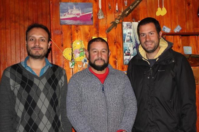 Manu con Diego y el pescador
